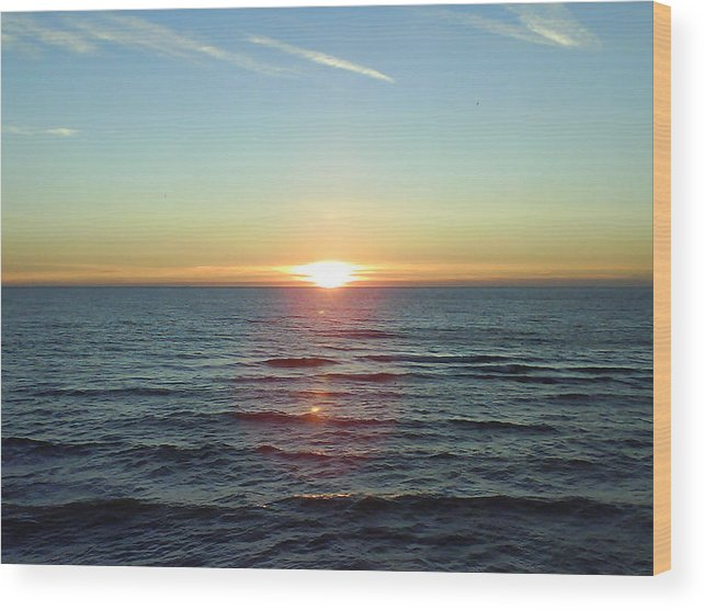 Sunset Over Sea Wood Print featuring the photograph Sunset Over Sea by Gordon Auld