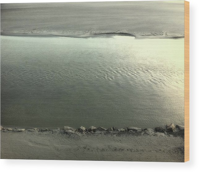 Water Wood Print featuring the photograph Agualma by Filipe Damiao