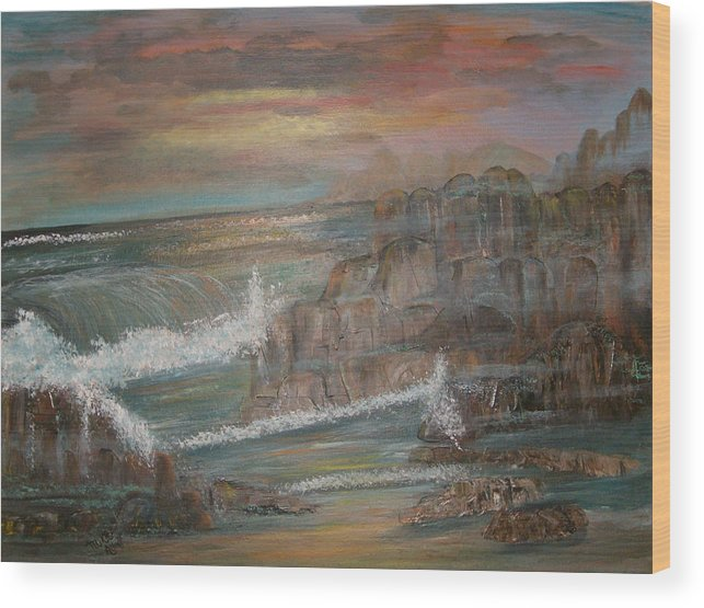 Seascape Wood Print featuring the painting Coastal Brillancy by Mikki Alhart