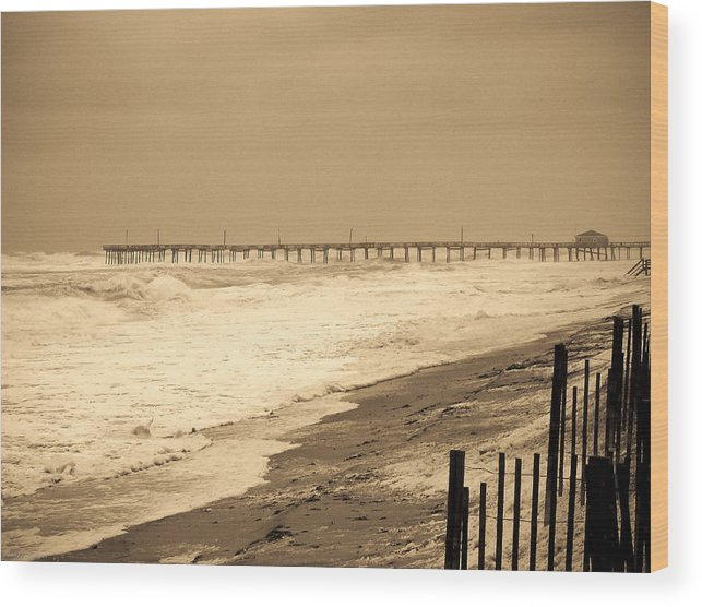 Ocean Wood Print featuring the photograph Nor'easter At Nags Head by Ches Black