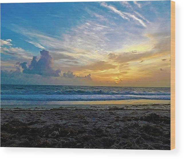 Ocean Wood Print featuring the photograph Summer Winds by Jerry O'Rourke