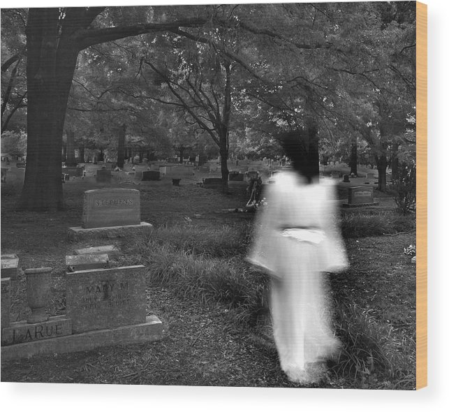 Cemetery Wood Print featuring the photograph Larue by Steve Parrott