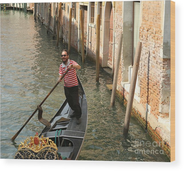 Gondola Wood Print featuring the photograph Gondola Man by Alex Dudley
