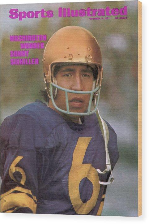Magazine Cover Wood Print featuring the photograph University Of Washington Qb Sonny Sixkiller Sports Illustrated Cover by Sports Illustrated