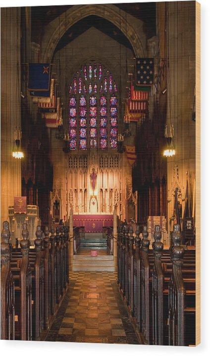 Washington Memorial Chapel Wood Print featuring the photograph Washington Memorial Chapel by Louis Dallara