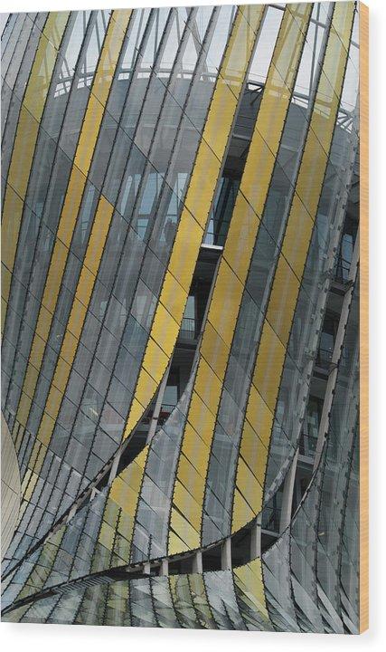 Bordeaux Wood Print featuring the photograph Cide Du Vin No 2 by Kevin Bain