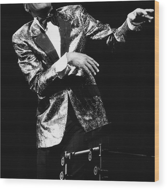 Singer Wood Print featuring the photograph Ray Charles Dances On Stage by Hulton Archive