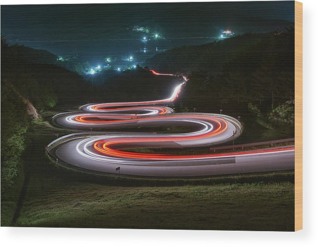 Zigzag Wood Print featuring the photograph Light Trails Of Cars On The Zigzag Way by Tokism