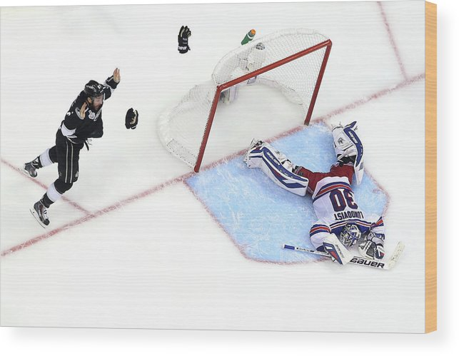 Playoffs Wood Print featuring the photograph 2014 Nhl Stanley Cup Final - Game Five by Bruce Bennett