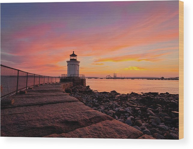 Built Structure Wood Print featuring the photograph Bug Light Sunrise 1899 by Www.cfwphotography.com
