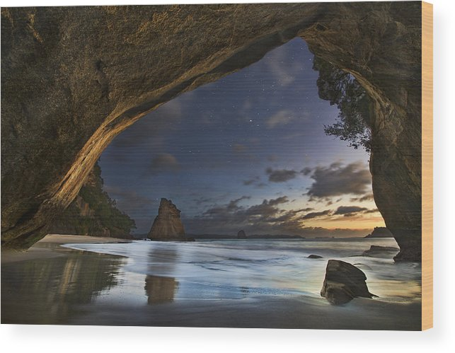 Landscape Wood Print featuring the photograph Cathedral Cove by Yan Zhang