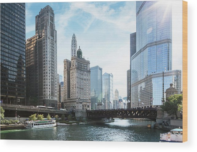 Wake Wood Print featuring the photograph Chicago River by Bjarte Rettedal