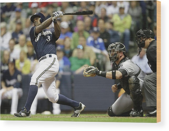 American League Baseball Wood Print featuring the photograph Chicago White Sox V Milwaukee Brewers by Mike Mcginnis