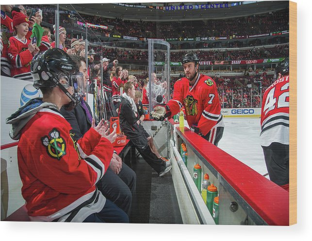 United Center Wood Print featuring the photograph Dallas Stars V Chicago Blackhawks by Bill Smith