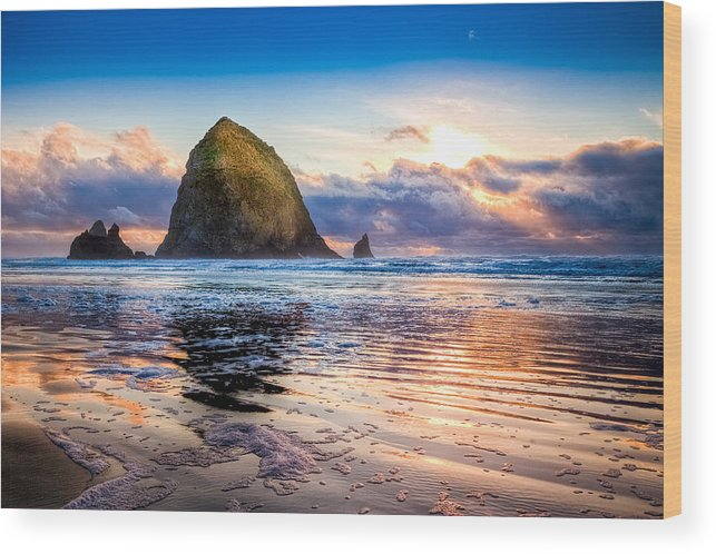 Oregon Wood Print featuring the photograph Haystack Rock by Niels Nielsen