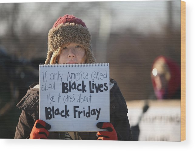 Justice Wood Print featuring the photograph Holiday Shopping Begins In Ferguson As Protests Continue by Scott Olson