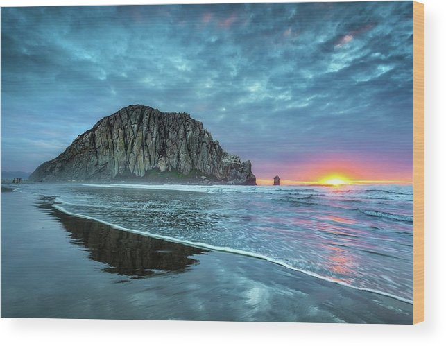 Tranquility Wood Print featuring the photograph Morro Sunset by Tom Grubbe