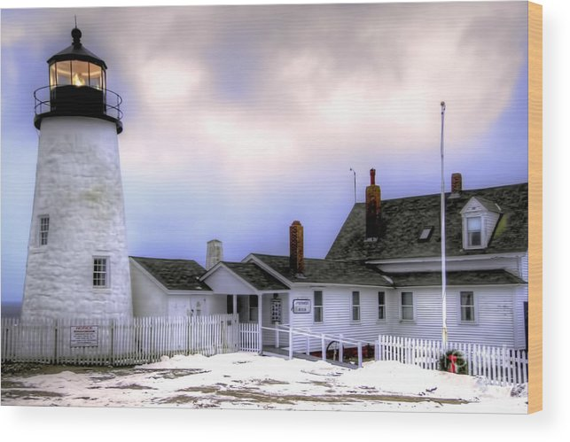 Bristol Wood Print featuring the photograph Pemaquid Point Lighthouse by Brenda Giasson