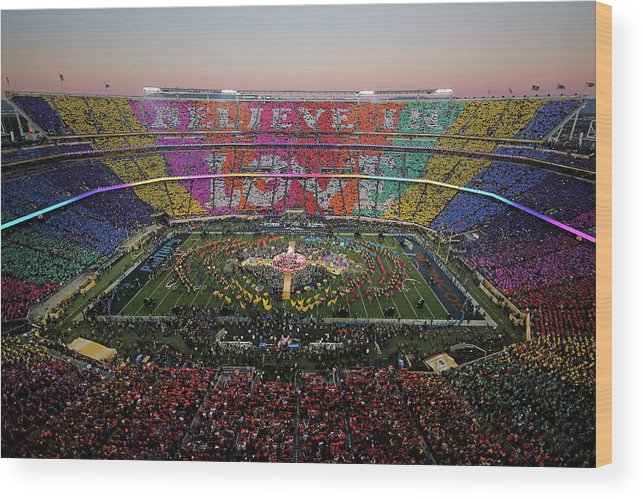 Levi's Wood Print featuring the photograph Pepsi Super Bowl 50 Halftime Show by Ezra Shaw