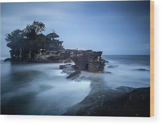 Pura Tanah Lot Wood Print featuring the photograph Pura Tanah Lot by Franciscus Nanang Triana