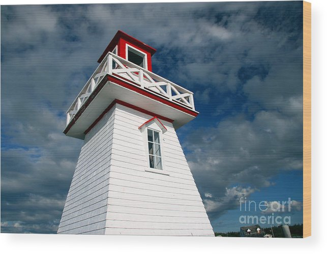 Lighthouse Wood Print featuring the photograph Reaching the Sky by Brenda Giasson