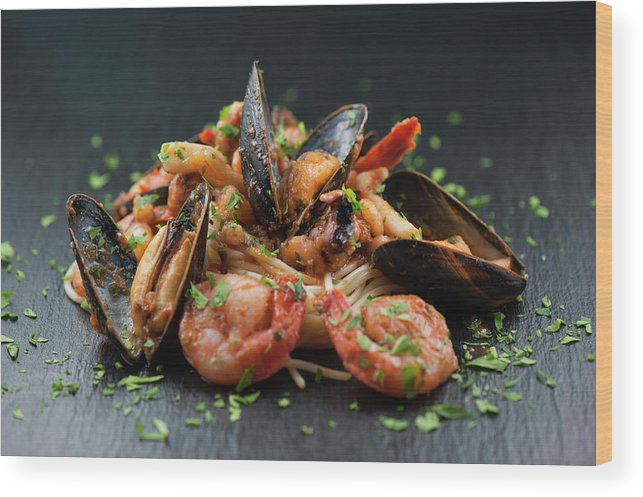 Prawn Wood Print featuring the photograph Seafood Pasta by Cbording