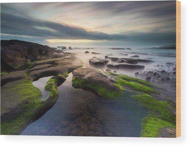 Scenics Wood Print featuring the photograph Seascape Bali by Www.tonnaja.com