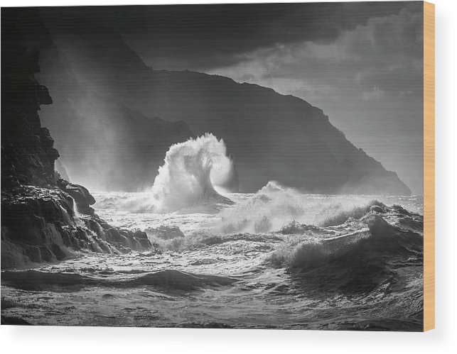 Wave Wood Print featuring the photograph Untitled by Ali Rismanchi
