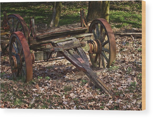 Abandoned Wood Print featuring the photograph Abandoned Wagon by Tom Mc Nemar