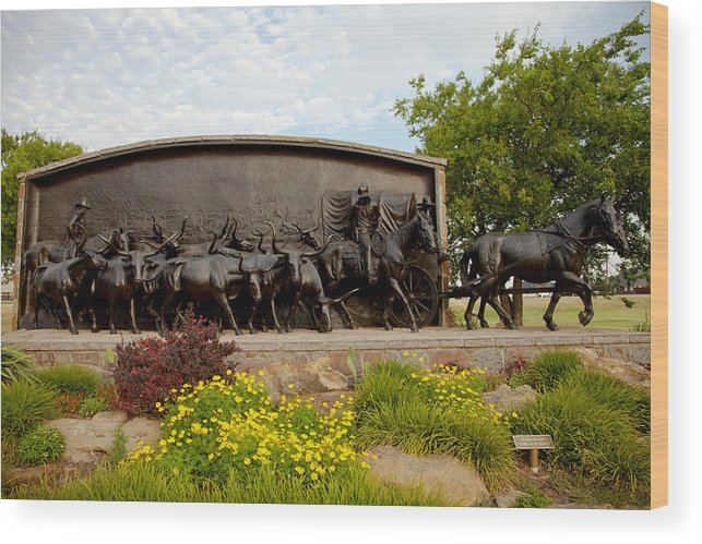 Landscape Wood Print featuring the photograph Chisholm Trail Monument by Toni Hopper