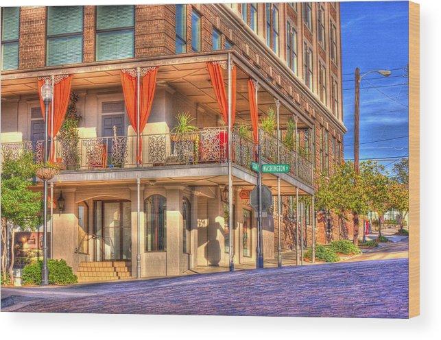 Street Corner Wood Print featuring the photograph Vicksburg Street Corner by Barry Jones