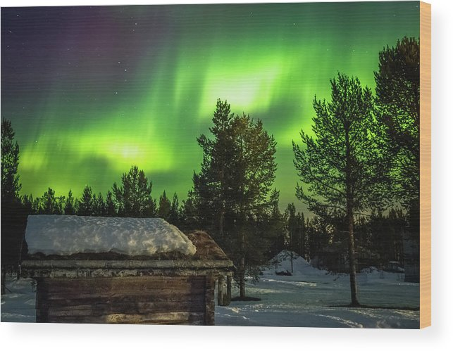 Landscape Wood Print featuring the photograph Sapmi Hut Under The Northern Lights Karasjok Norway by Adam Rainoff