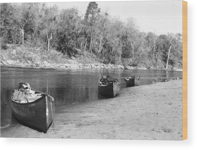 River Wood Print featuring the photograph Kerr Lake Canoes by Steven Crown