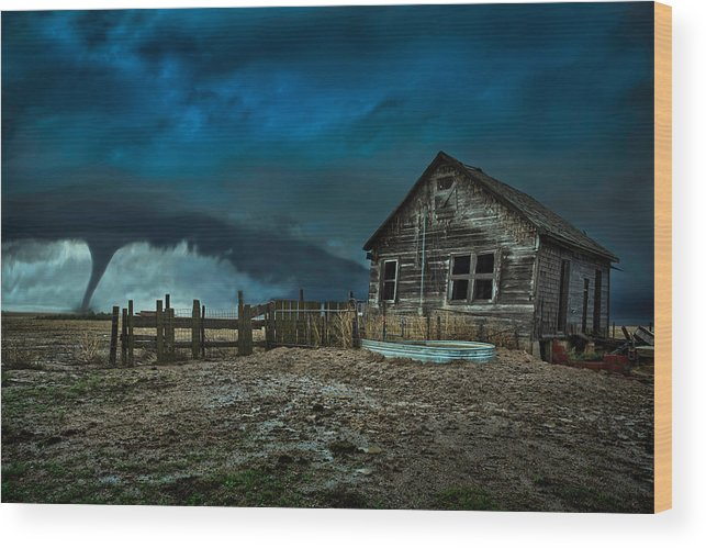 Tornado Wood Print featuring the photograph Wicked by Thomas Zimmerman