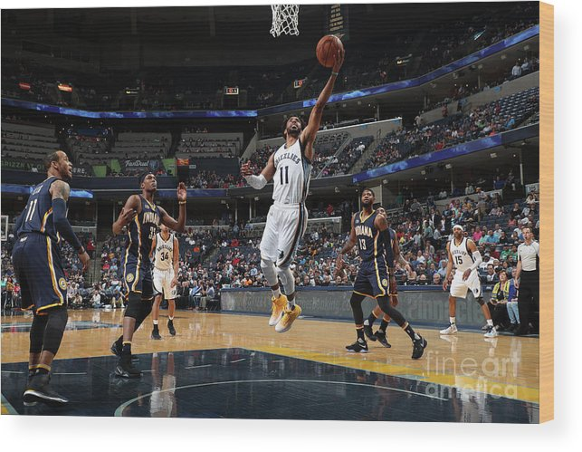 Nba Pro Basketball Wood Print featuring the photograph Indiana Pacers V Memphis Grizzlies by Joe Murphy