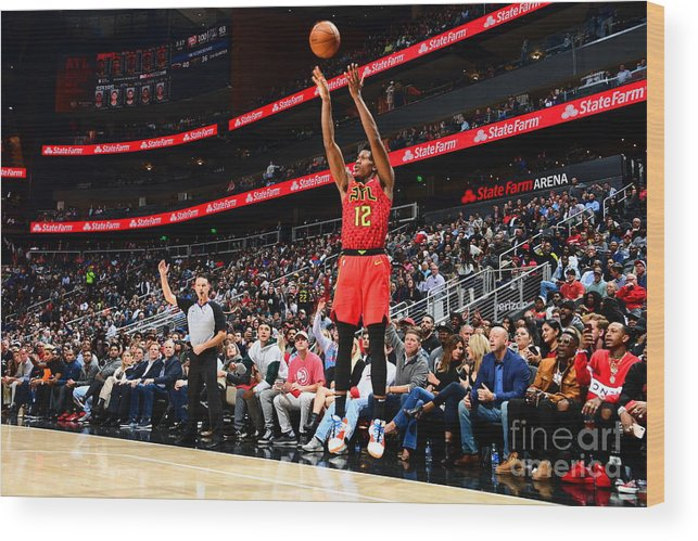 Atlanta Wood Print featuring the photograph San Antonio Spurs V Atlanta Hawks by Scott Cunningham