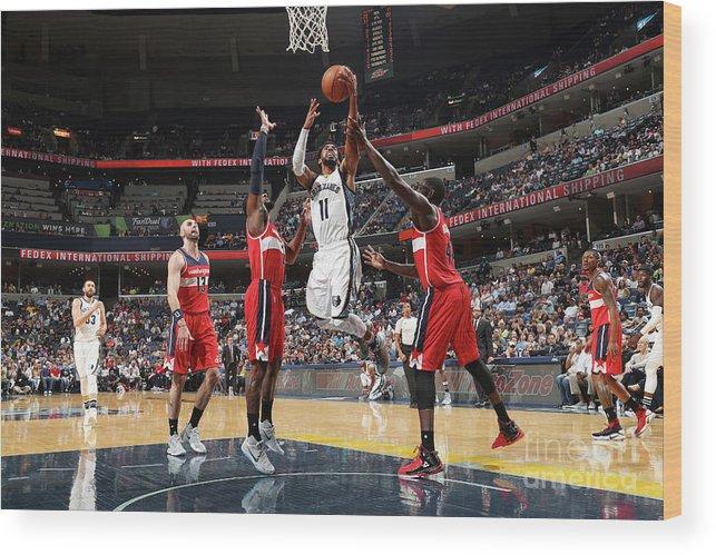 Nba Pro Basketball Wood Print featuring the photograph Washington Wizards V Memphis Grizzlies by Joe Murphy