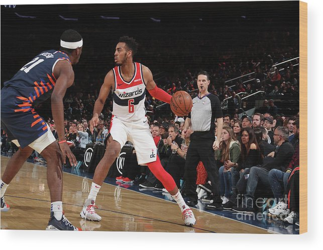 Nba Pro Basketball Wood Print featuring the photograph Washington Wizards V New York Knicks by Nathaniel S. Butler
