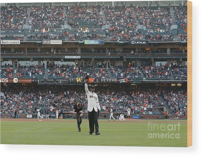 Event Wood Print featuring the photograph Barry Bonds San Francisco Giants Number by Pool