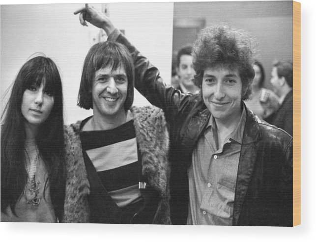 Three Quarter Length Wood Print featuring the photograph Bob Dylan With Sonny & Cher by Michael Ochs Archives