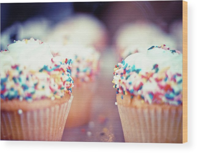 Unhealthy Eating Wood Print featuring the photograph Cupcakes by Carmen Moreno Photography