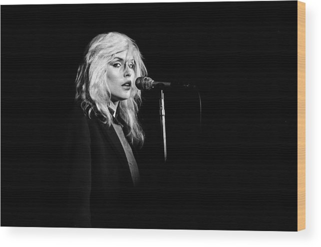 San Francisco Wood Print featuring the photograph Debbie Harry Performs Live by Richard Mccaffrey