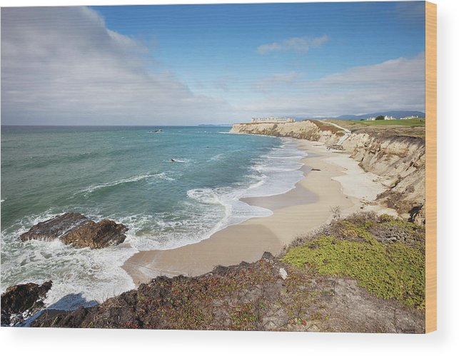 Water's Edge Wood Print featuring the photograph Half Moon Bay California by Stevegeer