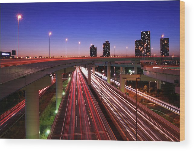 Two Lane Highway Wood Print featuring the photograph Highway At Night by Takuya Igarashi