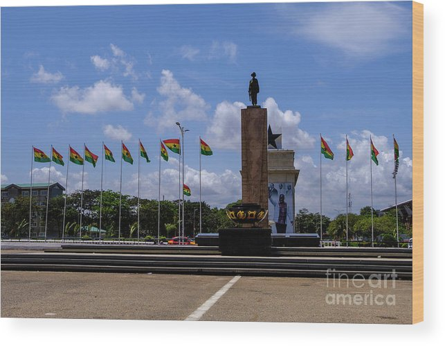 Arch Wood Print featuring the photograph Independence Square Statue by Rosn123