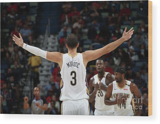 Smoothie King Center Wood Print featuring the photograph La Clippers V New Orleans Pelicans by Layne Murdoch Jr.