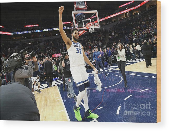 Nba Pro Basketball Wood Print featuring the photograph Memphis Grizzlies V Minnesota by David Sherman