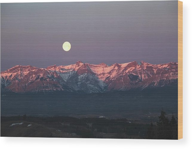 Front Range Wood Print featuring the photograph Moon Set Over Front Range Mountains by Design Pics / Michael Interisano