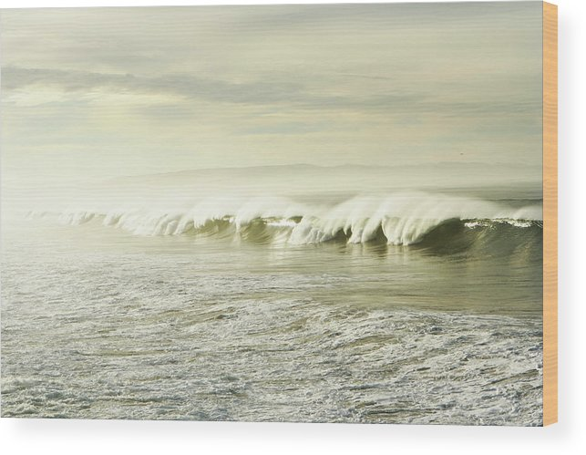 Pismo Beach Wood Print featuring the photograph Ocean At Sunrise by Kevinruss