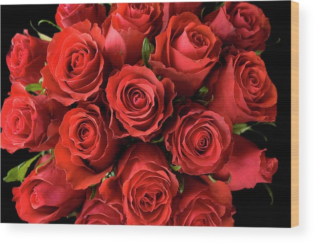 Event Wood Print featuring the photograph Red Roses by Malerapaso